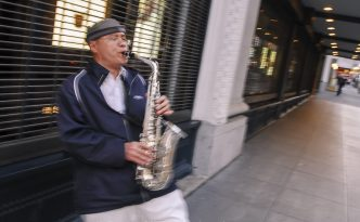 20070630-dsc_4733 Street Musician of San Francisco Chen by Street Photographer Ranjay Mitra