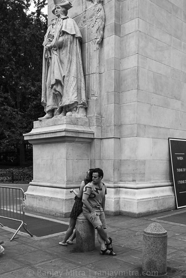 20130811_DSC6127 New York City Candid Street Photography of Young Couple
